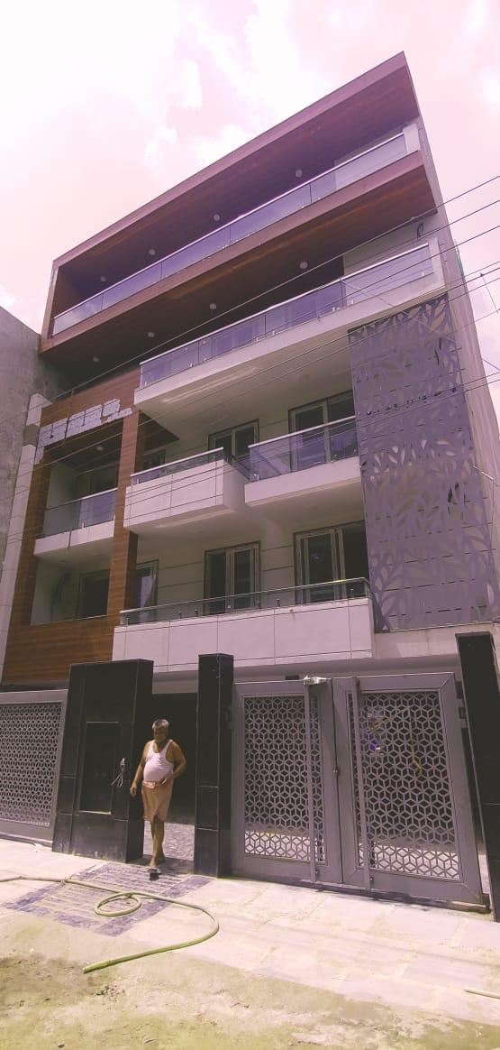 3 BHK Builder Floor in Sector 56, Gurgaon