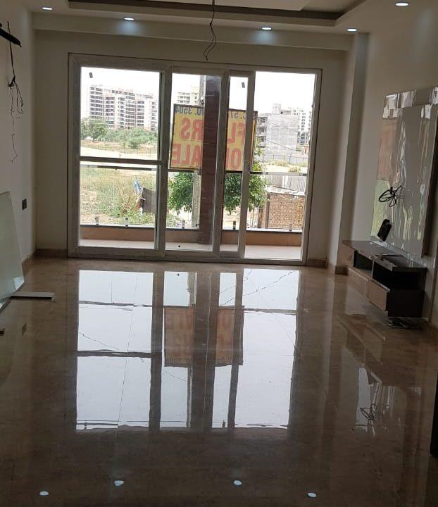 Builder floor in Sushant Lok Phase 3 img 1