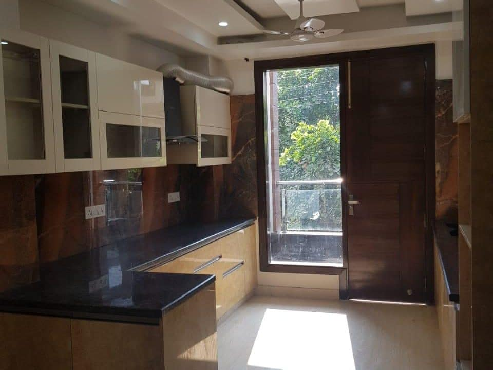 4 BHK Builder Floor in South City-1, Gurgaon image 1