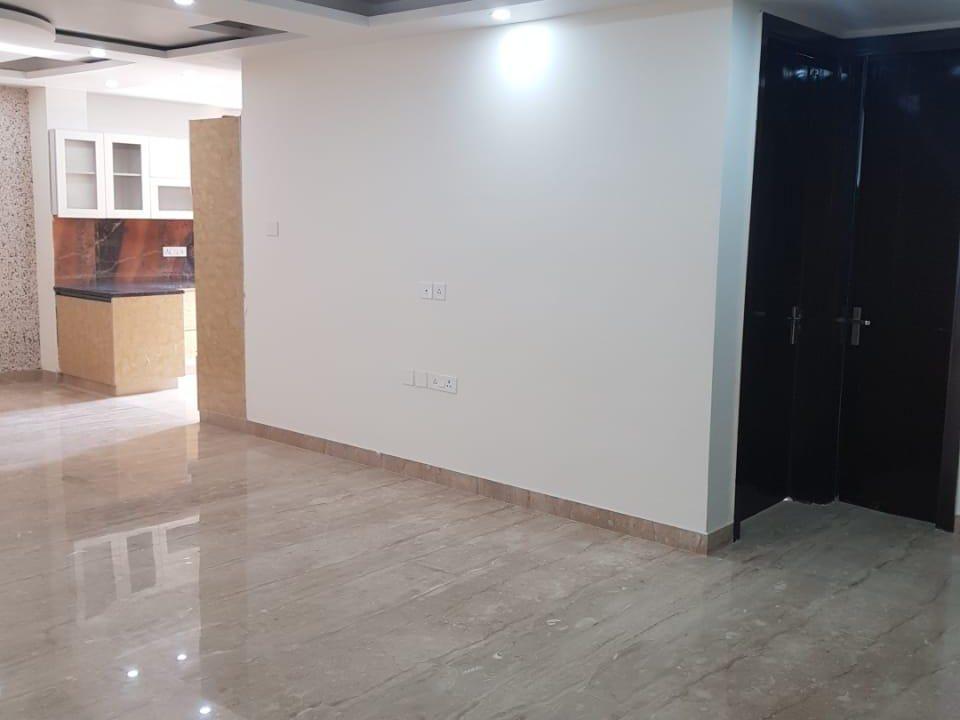 4 BHK Builder Floor in South City-1, Gurgaon image 2