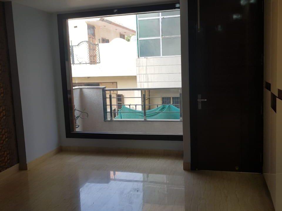 4 BHK Builder Floor in South City-1, Gurgaon image