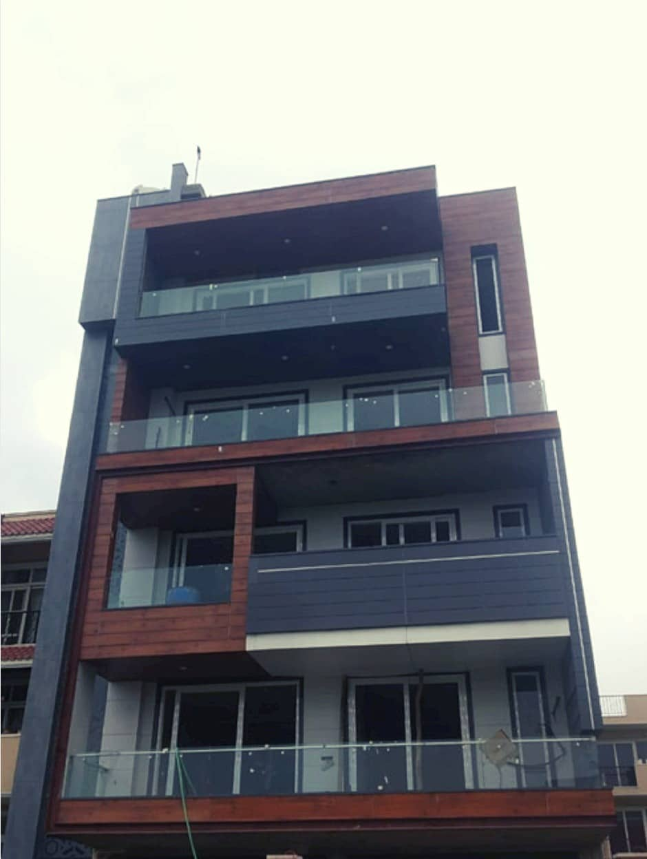 4BHK Builder Floor in Emerald Hills, Sector-67, Gurgaon